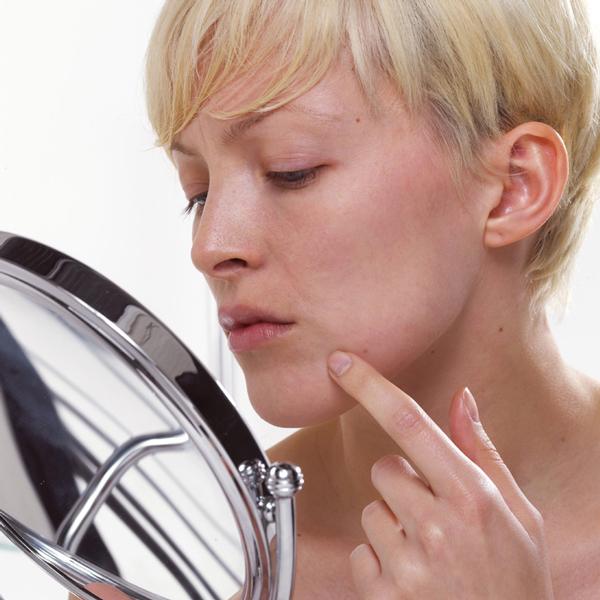 Кожа сохнет на ухе - Вопрос дерматологу - 03 Онлайн