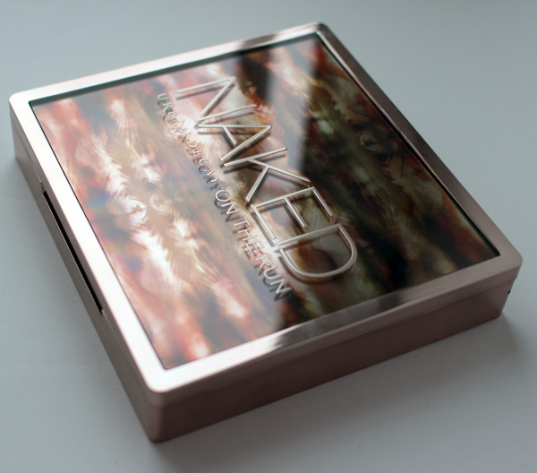 Палетка Naked on the Run Urban Decay