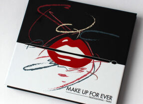 Палетка Make Up For Ever Artist Shadow Palette #4 – свотчи и макияжи