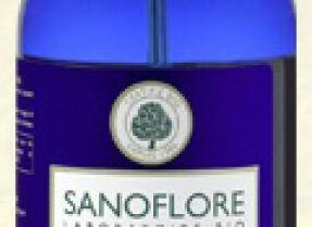 Тест: Melvita Eau Florale de Bleuet vs. Sanoflore Eau Florale Bleuet Bio