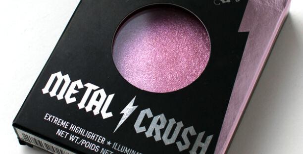 Хайлайтер Kat Von D Metal Crush в оттенке Roseshock — отзыв и макияж