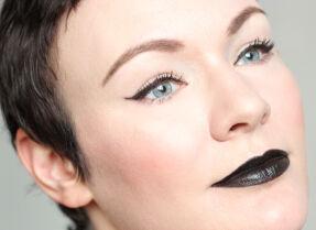 Матовые помады Kiko Milano Velvet Passion Matte Lipstick – зеленая и черная