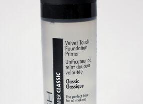 Основа под макияж Gosh Velvet Touch Fondation Primer — вечная классика