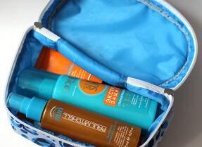 Мои косметички в отпуск: солнцезащитные средства и косметика для ванной