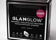 Маска GlamGlow Youthmud Tinglexfoliate Treatment Mask – чудеса случаются