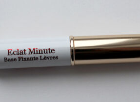 Основа для губ Clarins Eclat Minute – необходимая мелочь