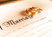 Зачем женщины берут фамилию мужа?